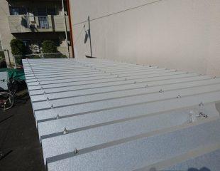 Sビル サイクルボード屋根工事